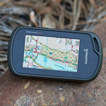 GARMIN<sup>&reg;</sup> Oregon<sup>&reg;</sup> 600 3-inch Worldwide Handheld GPS